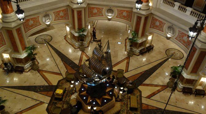ホテルミラコスタの朝inロビー